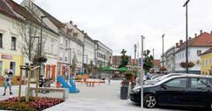 Hauptplatz_Auto.jpg